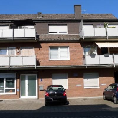 Niederkassel-Rheidt, topgepflegte Eigentumswohnung mit Garage