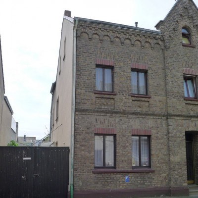 Gemütliche Doppelhaushälfte in Niederkassel-Mondorf