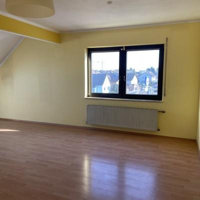 Kleine, gemütliche 3-Zimmer-Dachgeschosswohnung in Rheidt
