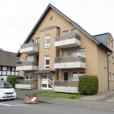 Kriegsdorf, 3-Zimmerwohnung mit Sonnenbalkon und Garage