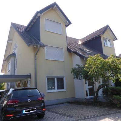 Schicke 4-Zimmer-Maisonettewohnung in guter Wohnlage von Troisdorf-Bergheim
