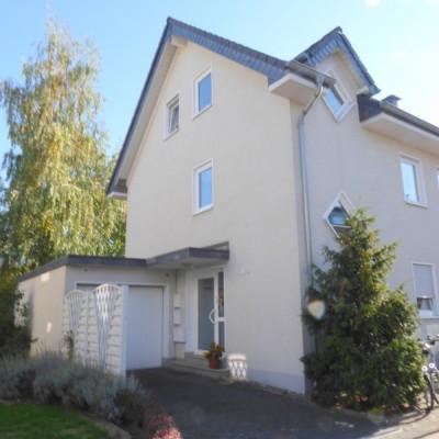 Helles Souterrainappartement in guter Wohnlage von Mondorf