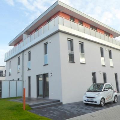 Exclusive, großzügige Doppelhaushälfte in Niederkassel-Rheidt